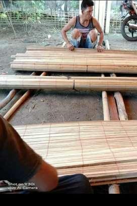 Pesan antar, kulit bambu, tirai isi, rotan dan kayu