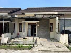 Dijual cepat rumah 1 lantai lokasi di Cluster Pesona Bali Residence