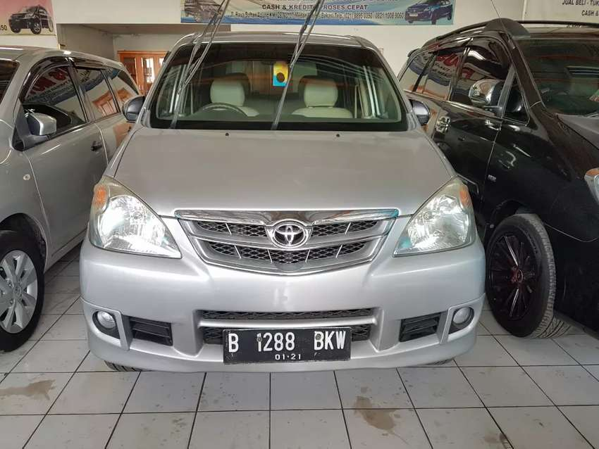 Toyota avanza g manual 2011 warna silver 0