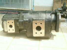 Parker hydraulic double pump PGP076+PGP51