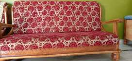 Sofa set beautiful and good condition for sell