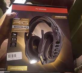 Plantronics RIG800 HD Wireless headphones