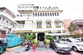 Require cook/Helper in Hotel Kalyan