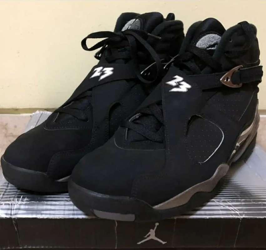 Nike Air Jordan 8 Retro Chrome 0
