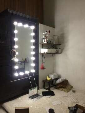 Open po Vanity mirror lamp