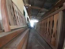 Pagar teras kayu motif