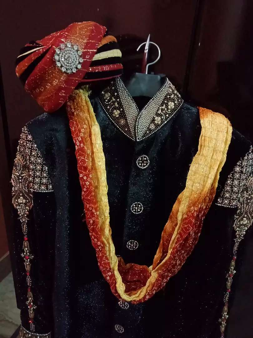 Embrioded sherwani with Kullah and khussa 0
