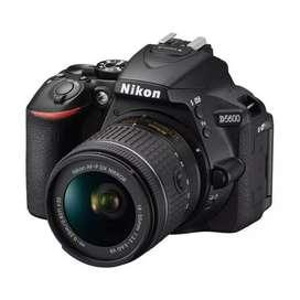 Nikon D5600 DSLR Camera 18-55mm Bisa Cicil