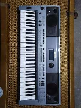 Yamaha keyboard psr-I455