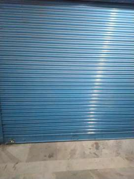 Rent 350sqft.SHOP G. F. ON Divider R. Near Bhootnath M.  Indira Nagar