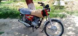 Honda125 2020 modl far sale 900km use belkul new bike h