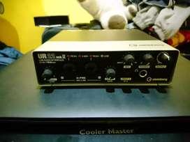 UR22 mk2 Audio Interface