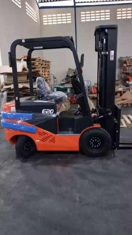 Jual Forklift Elektrik NOBLELIFT 2 Ton Mast 5 Meter Pasuruan