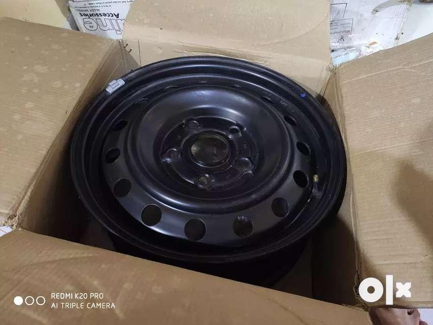 5 Brand new XUV 500 rims.All Black( Unused) 0