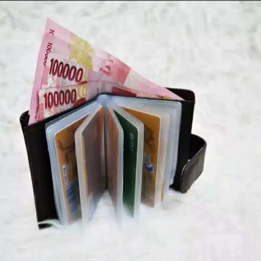 Dompet kartu dan uang 0