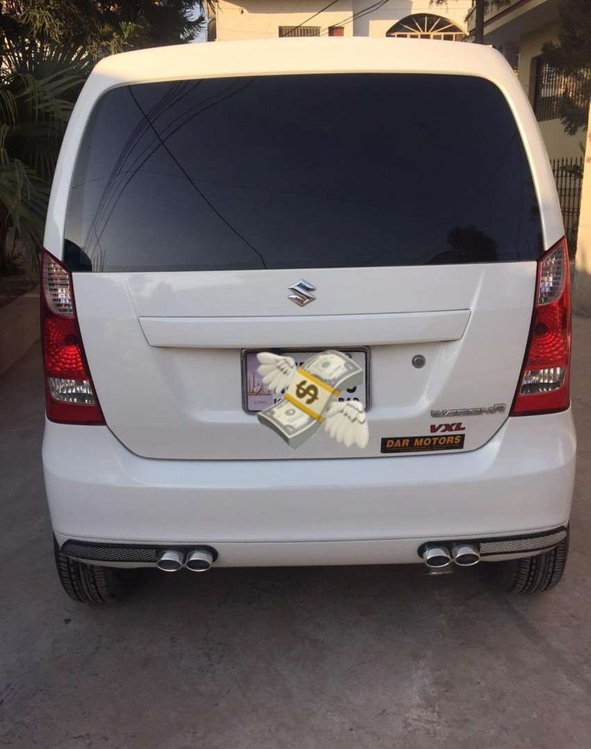 Suzuki wagon r vxl 2017 with LCD back camera and alloy rims and more 0