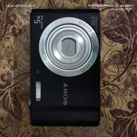 Sony Digital Camera Cyber Shot DSC W-800 with Complete Accessories