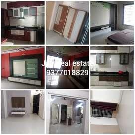 2bhk /3bhk freniest un freniest flat rent in green pramukh