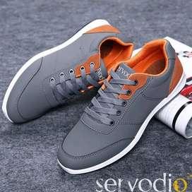 Sepatu Sneakers Pria Servodio SV04