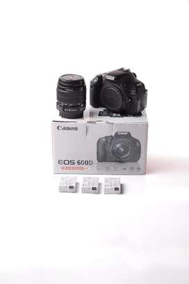 Canon 600D Kit + 3 Batterai