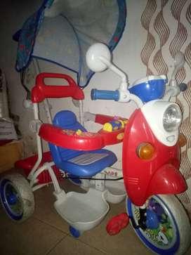 Sepeda anak model motor