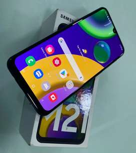 Samsung galaxy M21 (4GB+64GB)       mobile for sale in good condition