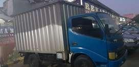 Toyota dina rino thn 2005 box besi w biru met pjk pjng an sdri 4 ban