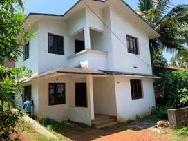 Moozhikkal - Cheruvatta 3.25 Cent 3 Bed New Unfinished House