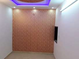 2 bhk semi furnished flat in Uttam nagar