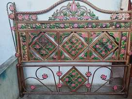 Bed and dressing tebal for sell