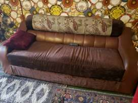 2 sofas set in good condition