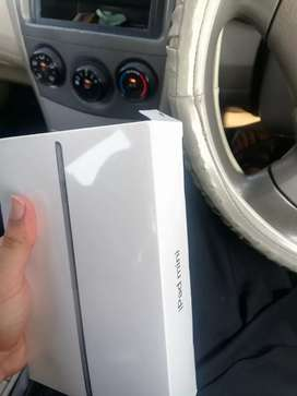 Ipad mini 5 64GB brand new