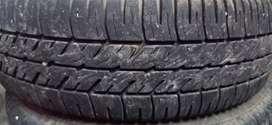 Santro. Wagonr. indica. Alto. K10. Kwid. Etc tyre good condition