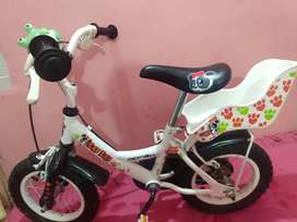 Beautiful kids Apollo brands cycle