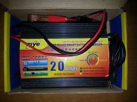 20 AMPERE BATTERY CHARGER 3 OR 4 TIMES USED