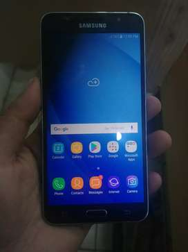 Samsung j76 16 gb and 3gb ram only s