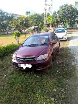 honda city good condition with cng pass with extra stapni and