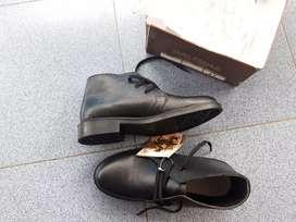 Sepatu PDH Kerja
