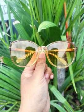 Kacamata vintage merk Rodenstock Achat Lady R