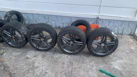 18inch amg aftermarket alloys and 3 tyres hardly used