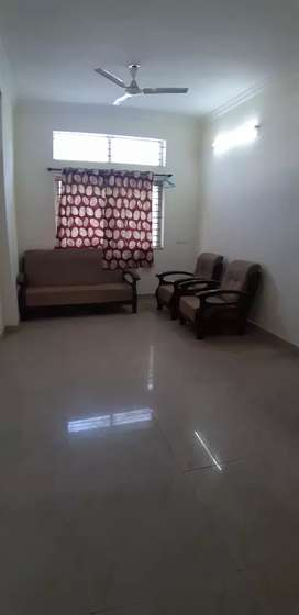 Tolet 2 bhk fully furnished in Shahpura Colony