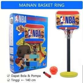 Mainan basket anak pakai tiang bisa disetel tinggi rendah