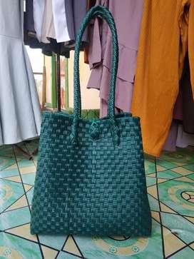 Tas Jali Anyaman Hijau Emerald