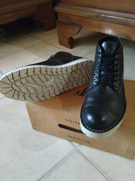 Brodo Boots Alpha Black