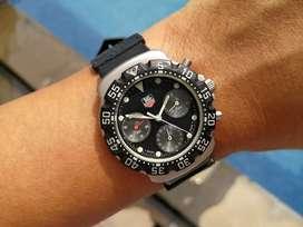 Ori 90s Tag Heuer formula one F1 Chrono 1st gen Black Panda Dial mint