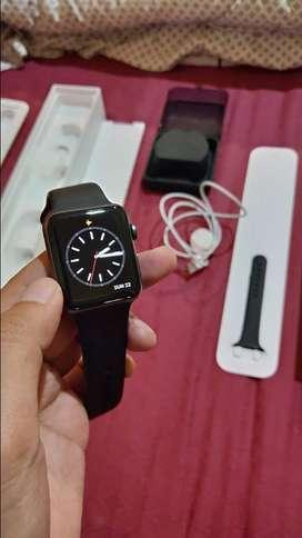 Apple Watch 3 / 42 mm