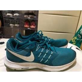 Nike preloved running