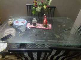 Glass dinning table