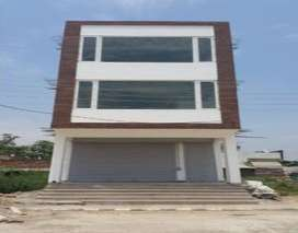 Commercial for rent in Gillco Valley