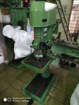 New radial and pillar drill machines